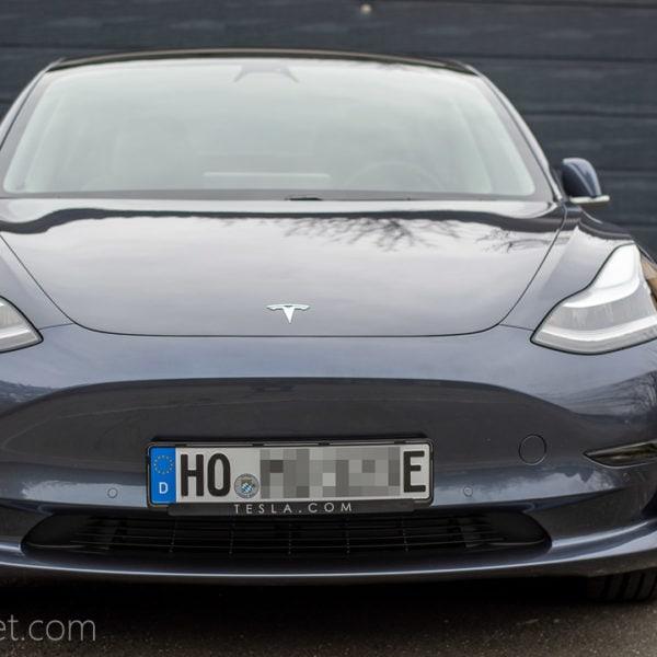 Ich habe ein Raumschiff gekauft - das Tesla Model 3 ist da
