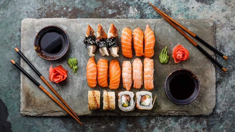 Японська вечеря на компанію