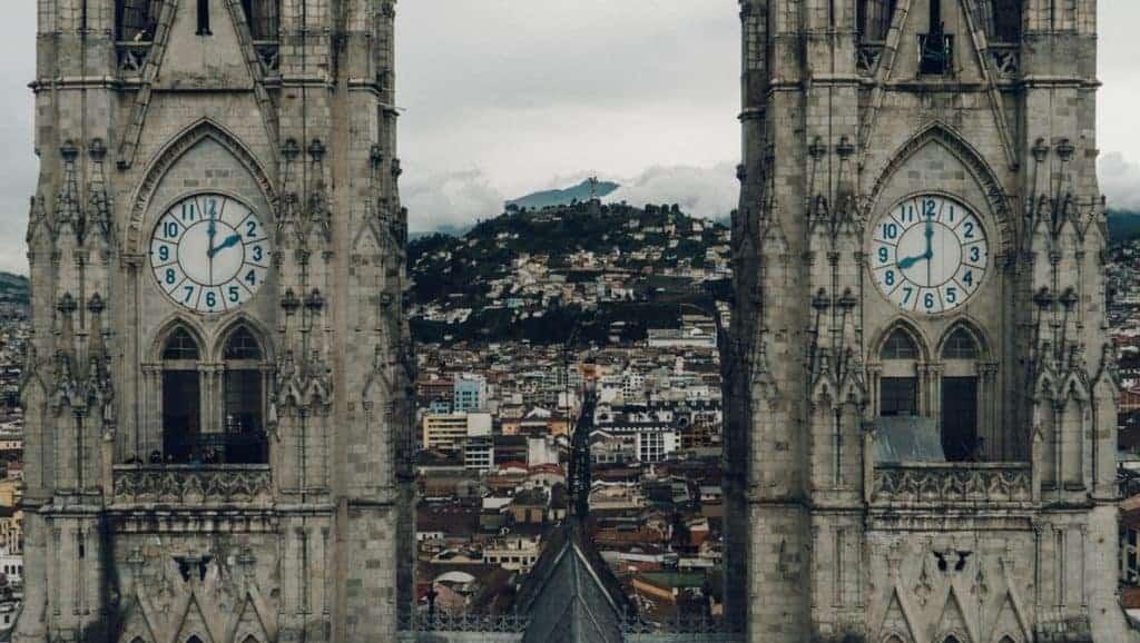 bolsa para mestrado no equador