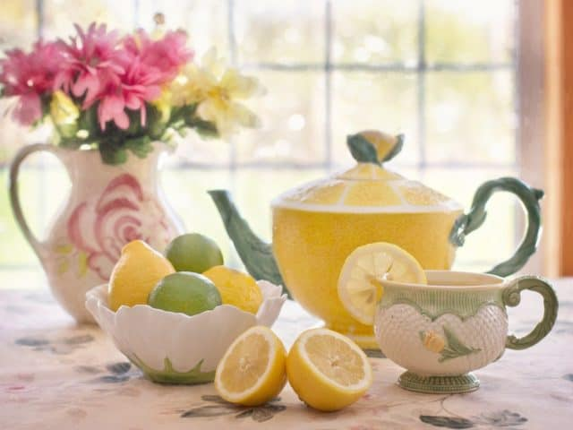 https://phenterminedoctors.com/wp-content/uploads/2020/11/Why-Use-Lemon-to-Promote-Health-and-Weight-Loss-640x480.jpg