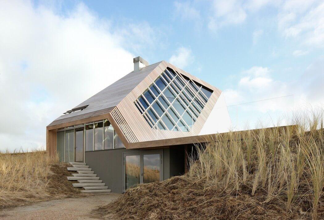 Dune House – dom zanurzony w piasku