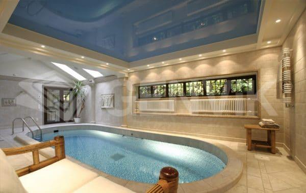 Натяжной потолок Генвик в бассейне