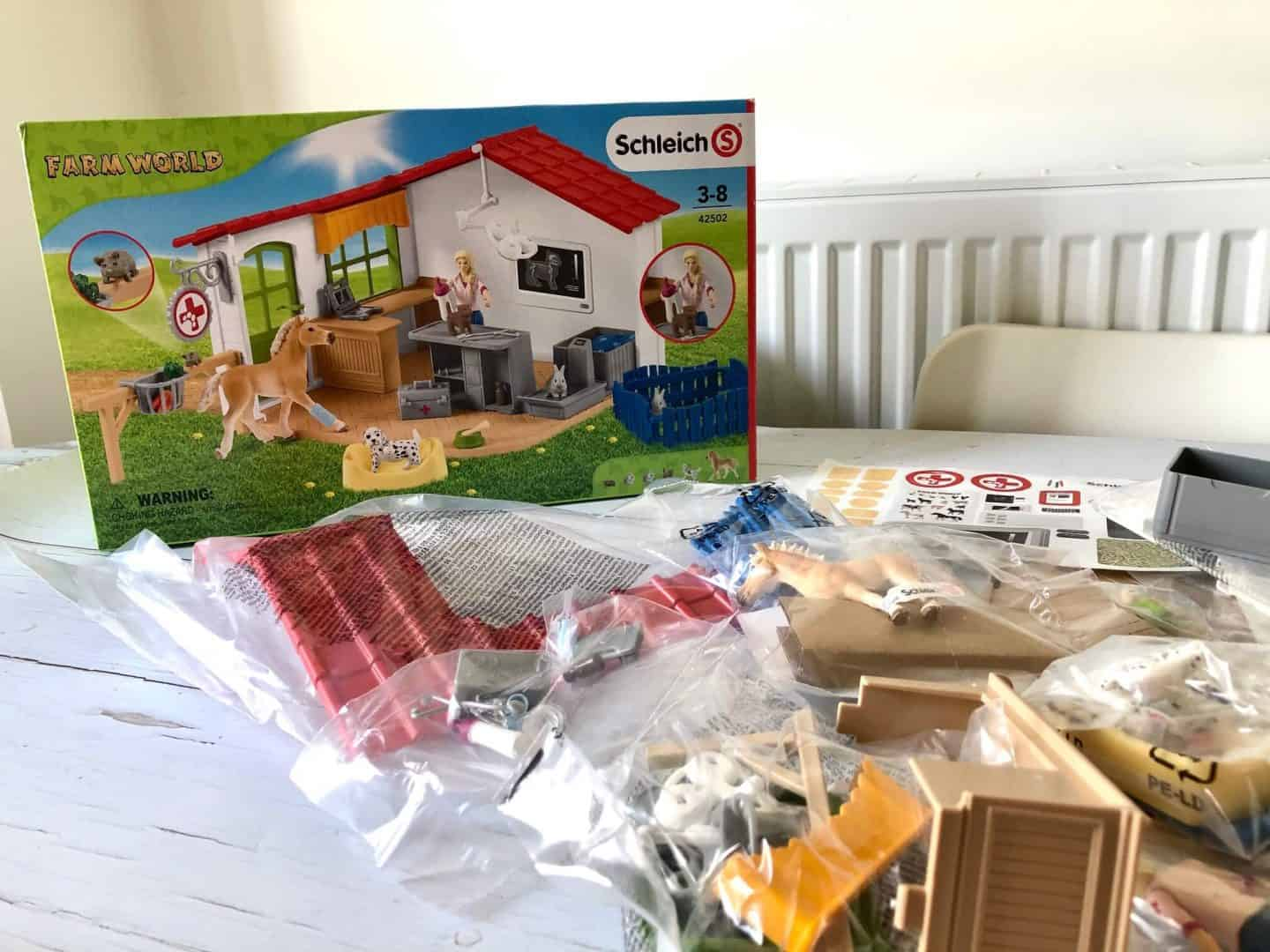All the pieces of the Schleich Farm World Veterinarian playset