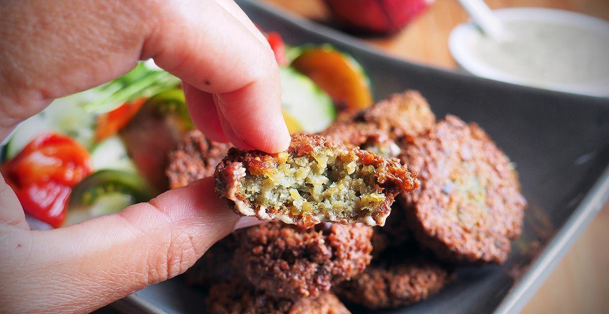 falafels con tahin, salsa para falafels