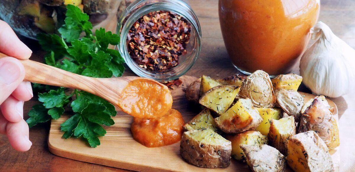 salsa para patatas bravas en horno