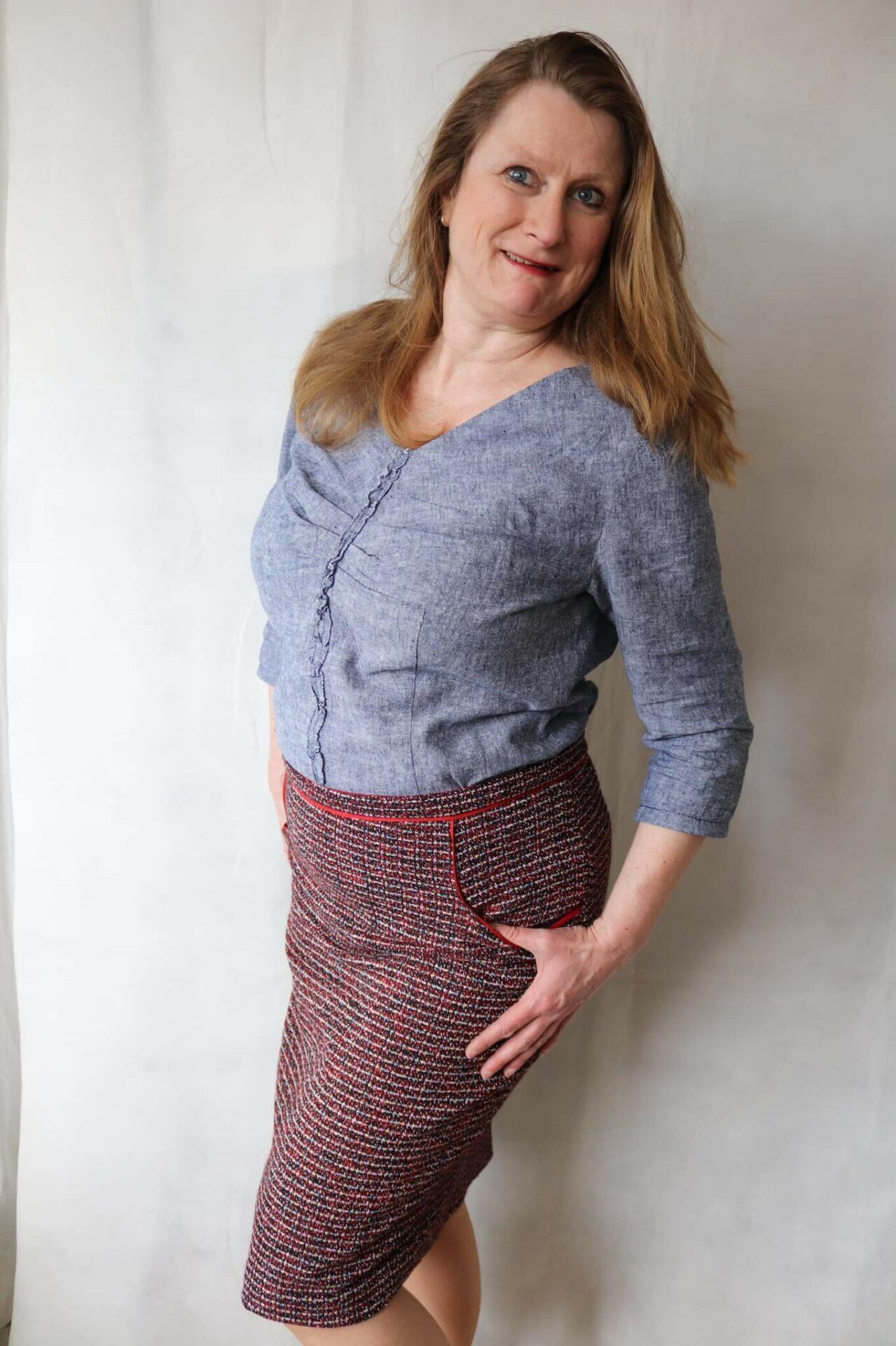 Alexandra - Klassischer Bleistiftrock mit vorderen Eingriffstaschen [Digital] photo review