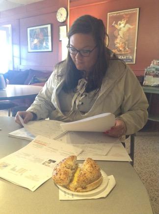 Leah Capel studies for midterms