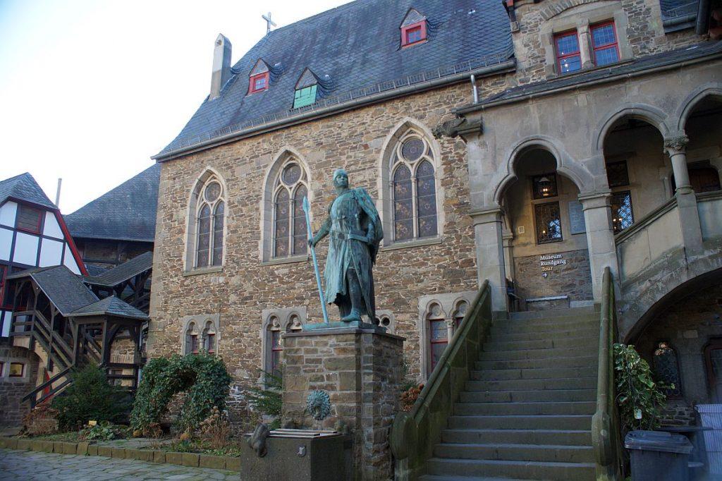 Graf Adolf Museum Schloss Burg