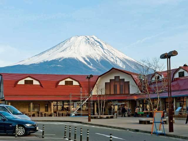 朝霧高原で遊びましょう!日本の滝100選に選ばれた白糸の滝もある!