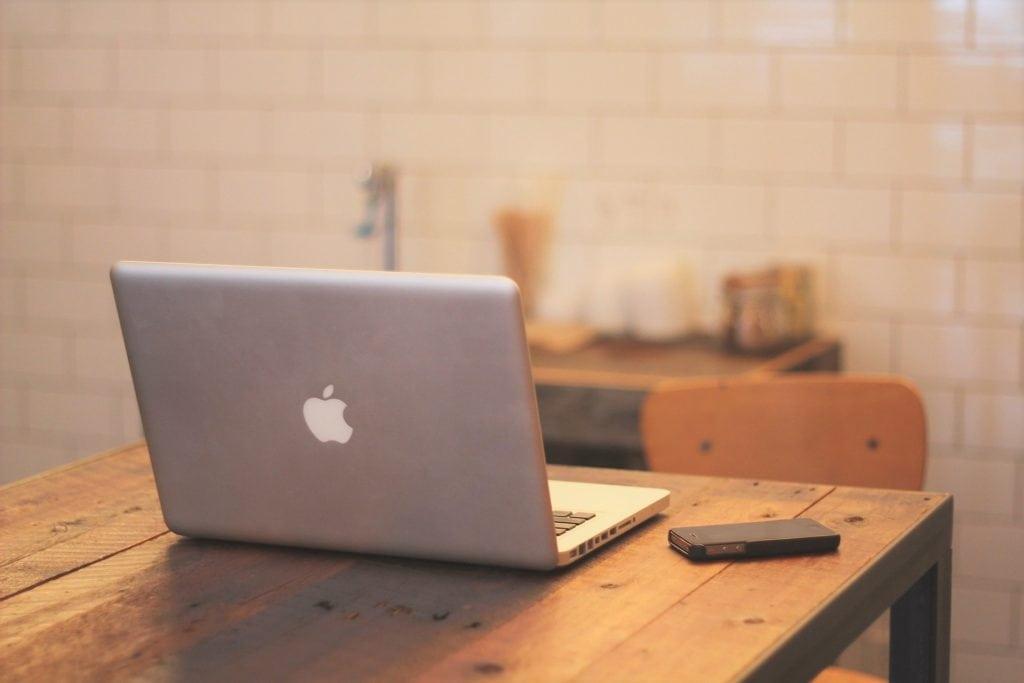 Rad od kuće povlači sa sobom sajber rizike