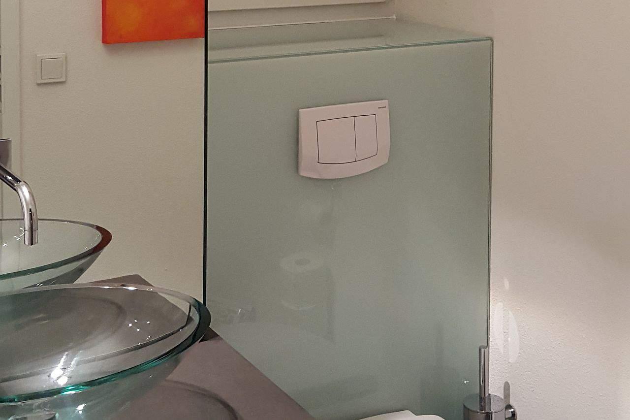 WC Kastenverglasung
