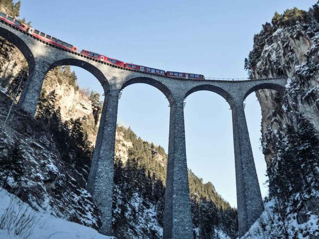 Geschenkgutschein: Bernina Express – von Chur nach Tirano und zurück