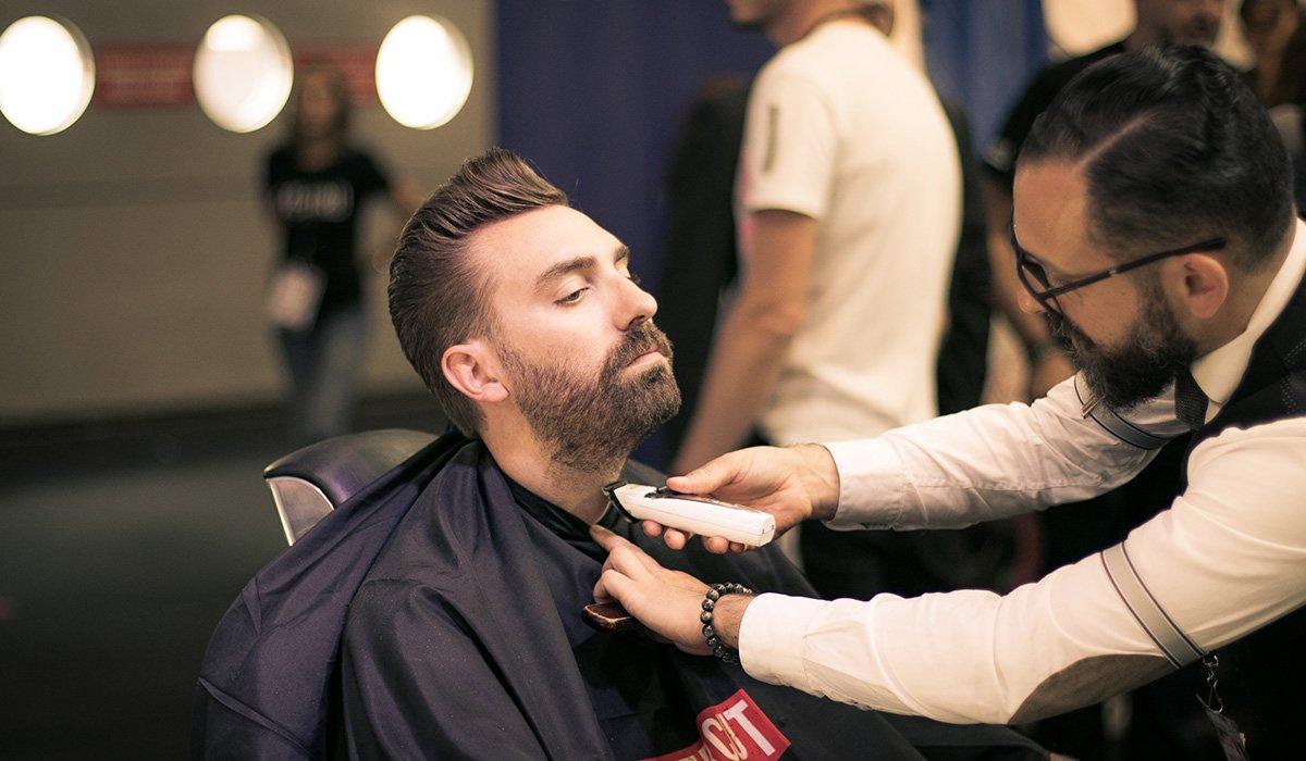 Barbier tondeuse à barbe