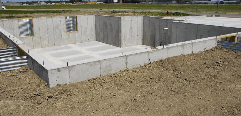 Beim Hausbau könnten Sie auch einen Keller bauen