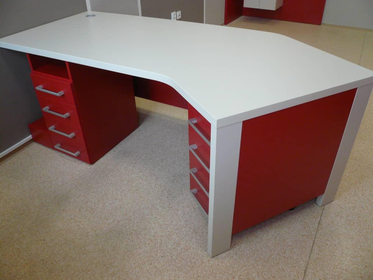 Stůl v ordinaci