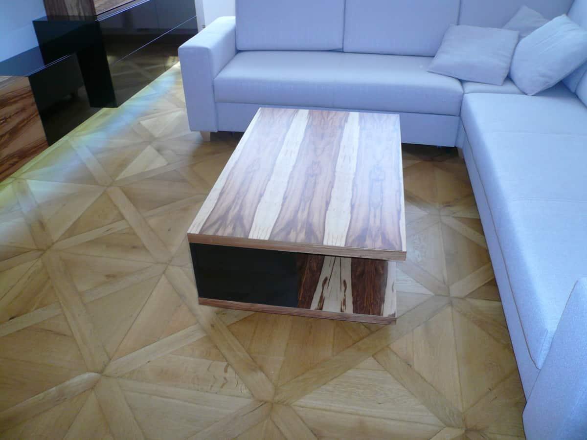 Obývací pokoj - televizní stěna a stolek 5