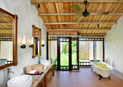 Badezimmer im Hotel Emeralda Ninh Binh