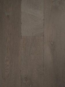 Deze grijze houten vloer is van hoge kwaliteit Europees eikenhout.