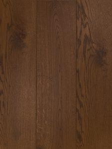 Deze bruine vloer is van de hoogste kwaliteit Europees eiken.