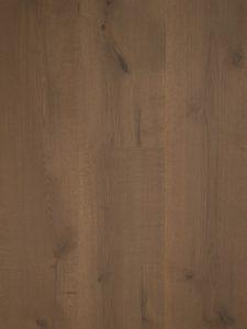 Hoge kwaliteit geschuurde grijze eiken vloer.