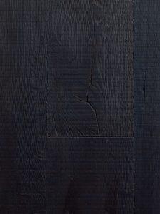 Zwarte oude eiken vloer geschikt voor op vloerverwarming.