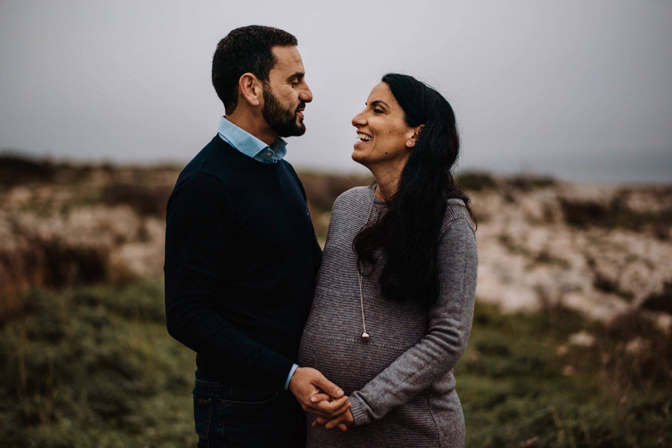 Intimate pregnancy photo shoot