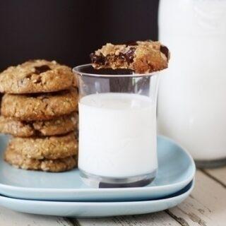 Oatmeal Almond Chocolate Chunk Cookies