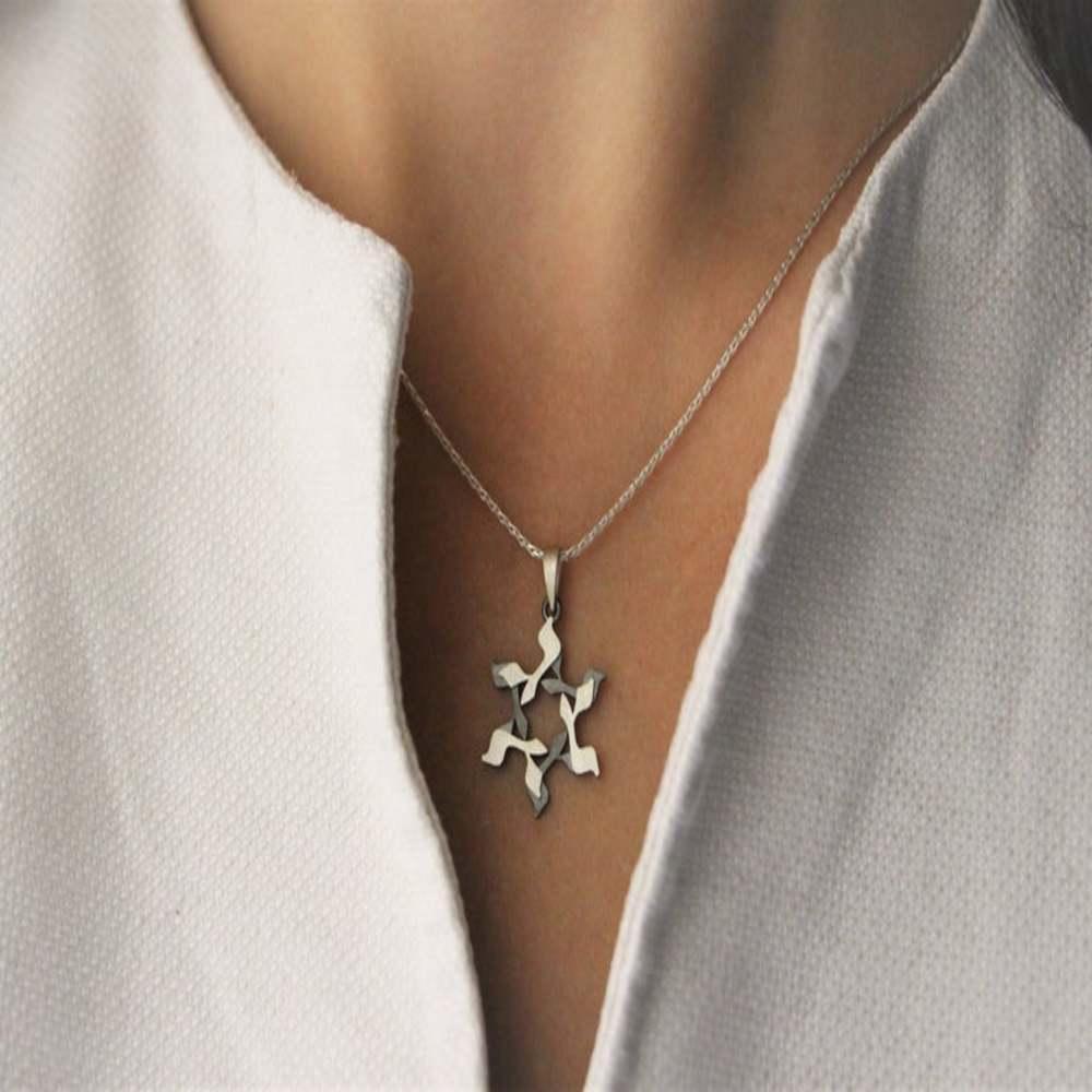 Gimel Pulsera de Plata Y Cuero Maguen David Estrella de David Estrella Judía