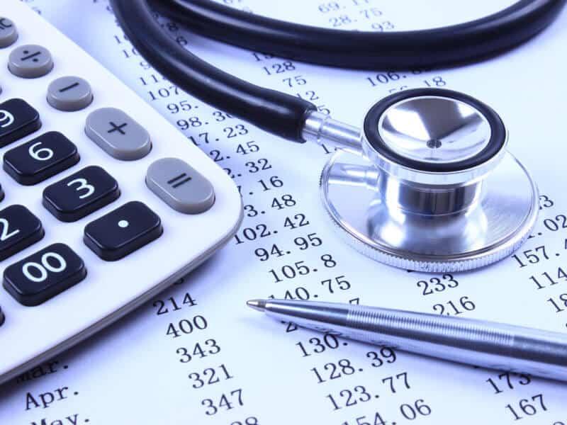 Cannabis-Therapie: Krankenkassen übernehmen Kosten nur nach Prüfung