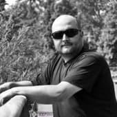 Leafly.de Patientenakte: Jim, 48, Bayern, Posttraumatische Belastungsstörung, Bandscheibenvorfall