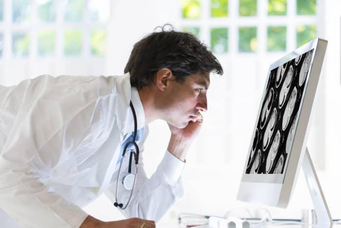 Bauchspeicheldrüsenkrebs: Ursachen, Symptome und Potenzial von Cannabis