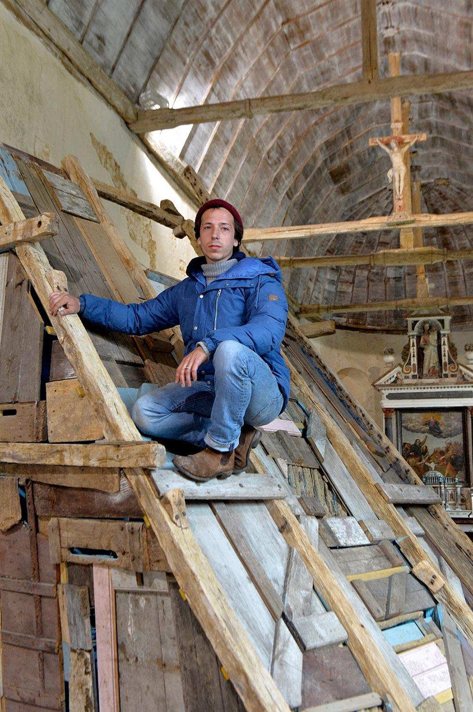 Oeuvre monumentale de Téo Betin à l'Église Notre-Dame de Courthioust ©Olivier Steigel