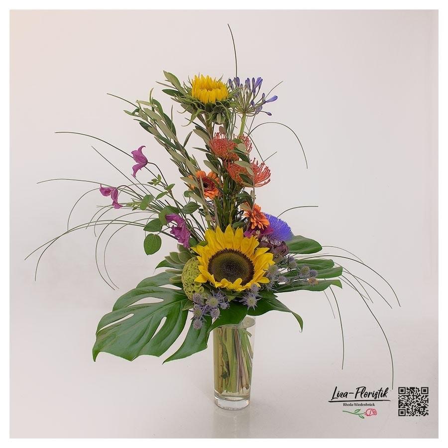 Sonnenblumen, Gerbera und Protea