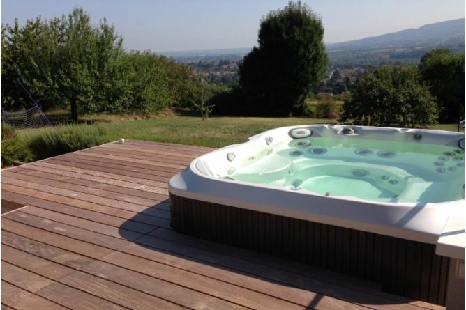 210-plage-de-piscine-en-ipe-a-chazay-d-azergues-rhone