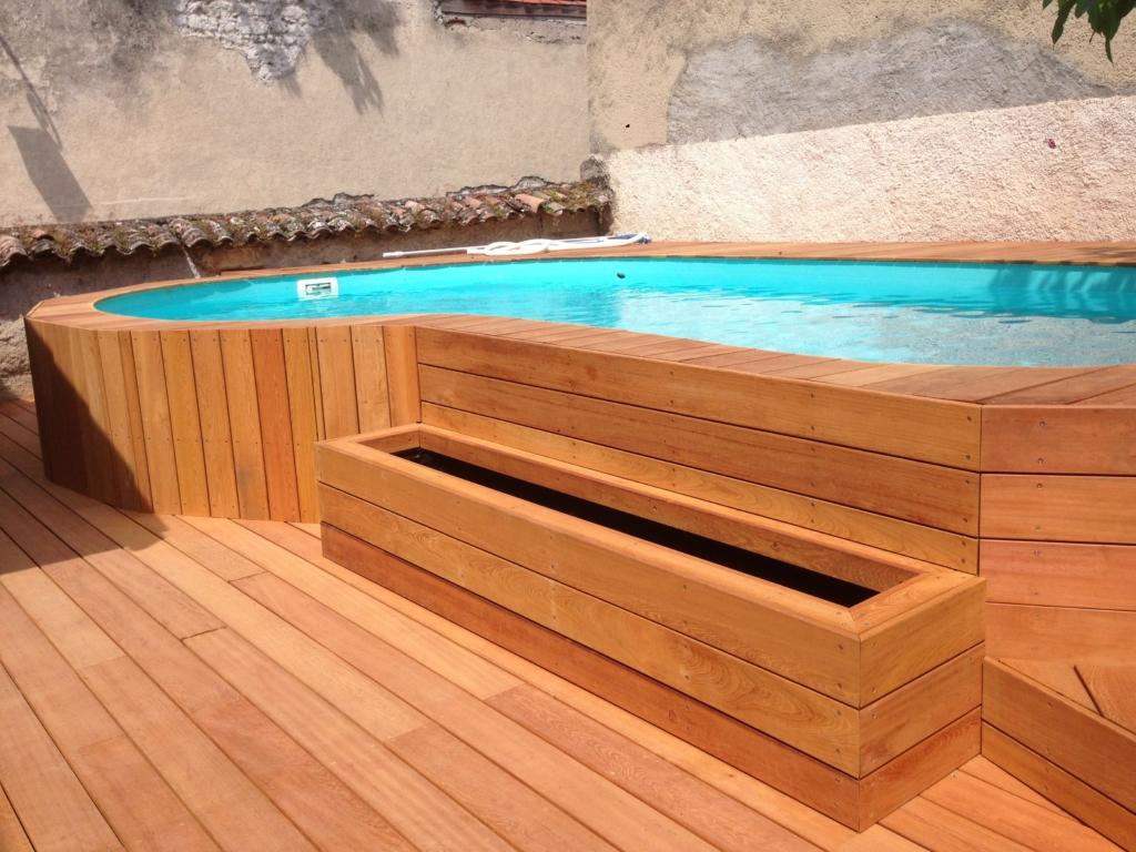 327-plage-de-piscine-en-bois-exotique-murure-a-millery-rhone