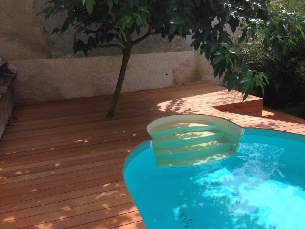 329-plage-de-piscine-en-bois-exotique-murure-a-millery-rhone