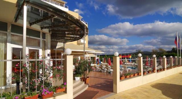 Hotel PLAMENA PALACE Primorsko 4*