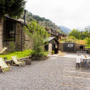 Mountain hostel tarter andorra courtyard-90