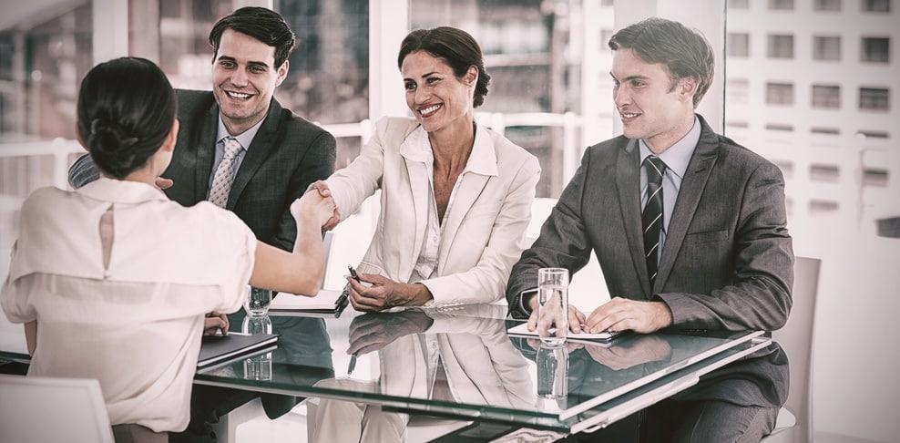 Faire appel à un cabinet extérieur pour les recrutements, pour ou contre ?