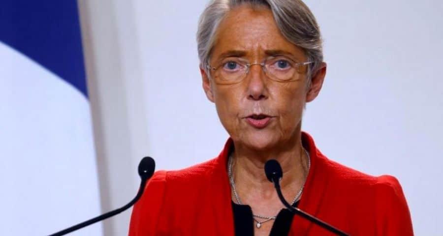 Elisabeth Borne annonce la signature d'un accord national sur le télétravail