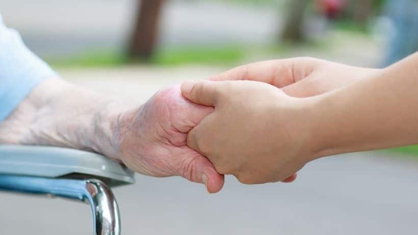 Quelle approche RH pour les aidants familiaux en entreprise ?