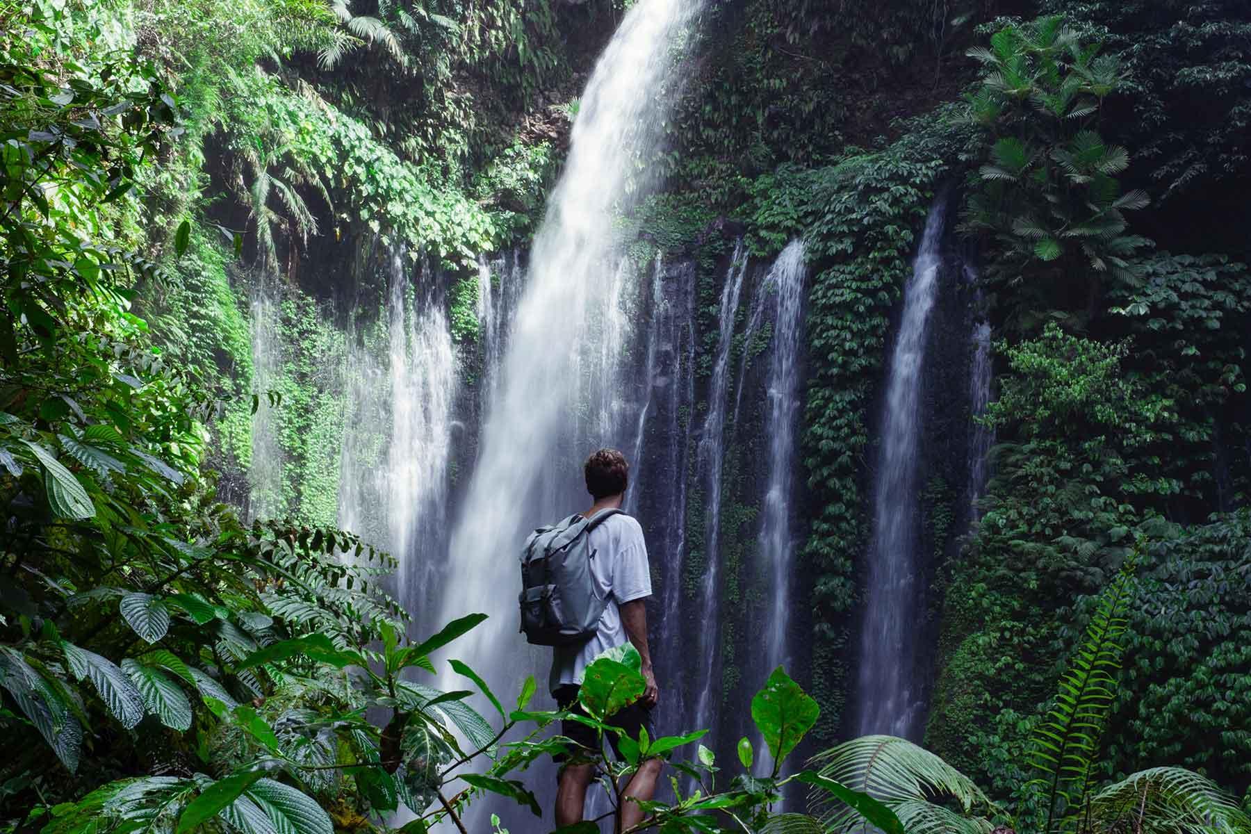 resor-till-lombok-med-Nygren-&-Lind-Resebyrå---vattenfall
