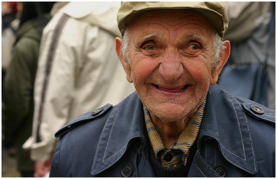 Happy_Old_Man