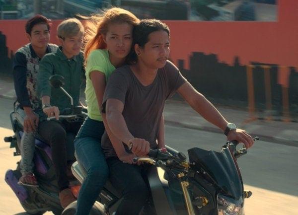 Les jeunes sur leur moto dans Diamond Island
