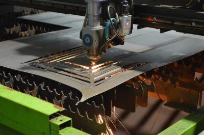 Вырезание панно из металла с помощью лазера