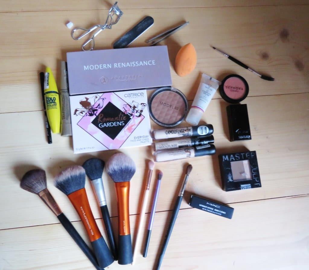 Make-up wat ik meeneem naar Londen stedentrip 5 dagen.