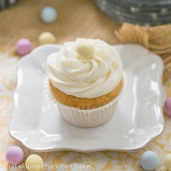 Buttercream Topped Vanilla Cupcakes