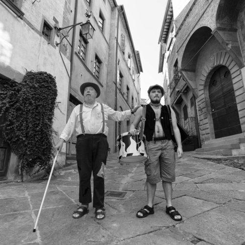 tovaglia-a-quadri-pandemia-anghiari-film_6