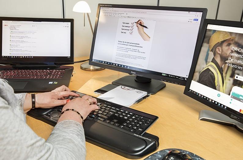 Your Missing Link tekstforfatter dine salgstekster, oversætter og korrekturlæser. Desuden kan du med mig som konsulent få hjælp til procesoptimering af dine administrative processer og leverandøraftaler. Ring på 30 63 84 89