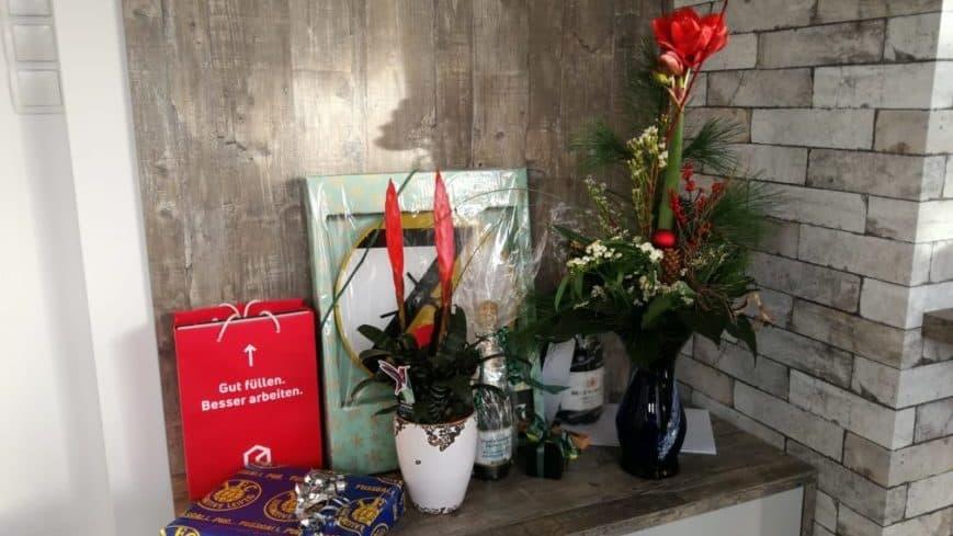 Geschenke von Gästen der Küchenstudio Eröffnung